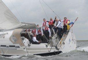 Jachtzeilen met het bedrijf op het IJsselmeer
