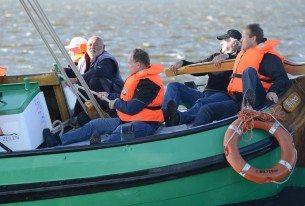 Skûtsjesilen met het bedrijf op de Friese meren