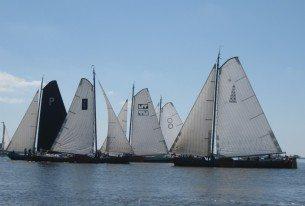 Skûtsjesilen met relaties vanuit Gaastmeer op de friese meren